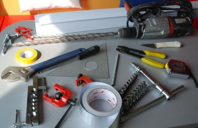 Инструменты для монтажа вентиляции своими руками